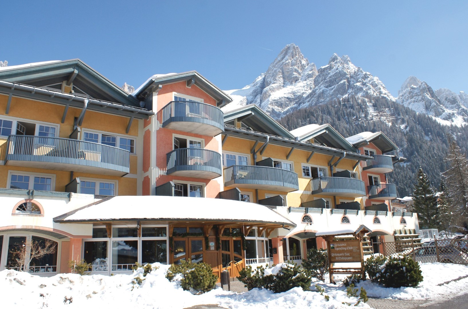 Appartementhaus Sporting Club Residence in San Martino di Castrozza, Appartementhaus Sporting Club Residence / Italien
